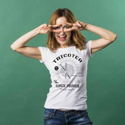 Tricoter est mon super pouvoir T shirt Québécois