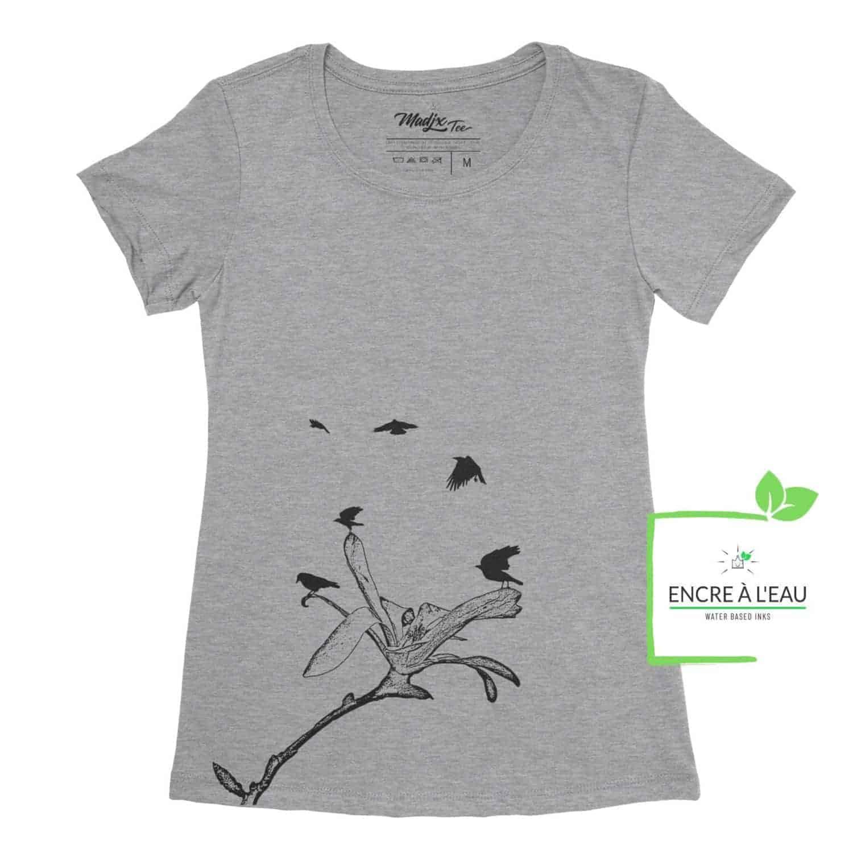 Corbeau et magnolia t-shirt pour femme, encre à base eau imprimé au Québec 1