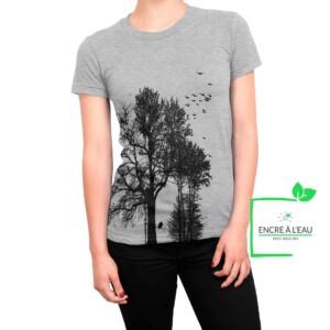 Forest t shirt pour femme impression sérigraphie encre base à l'eau éco d'une forêt Québecoise