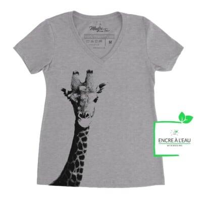 T-shirt col en V Girafe, girafe impression sérigraphie encre à l'eau fait au québec